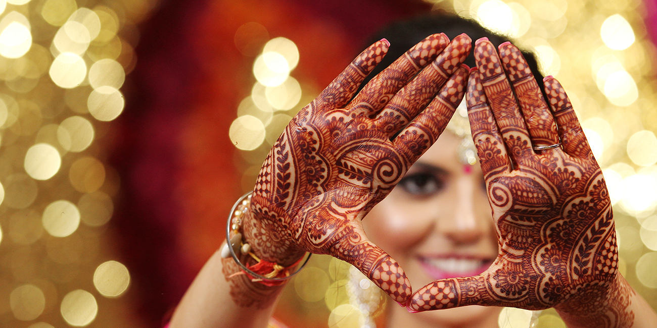 bridal mehndi stain hands